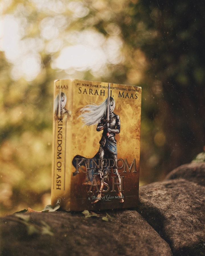 Review // Kingdom of Ash by Sarah J. Maas