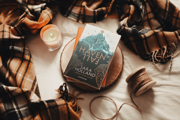 ARC Review // Havenfall by SaraHolland